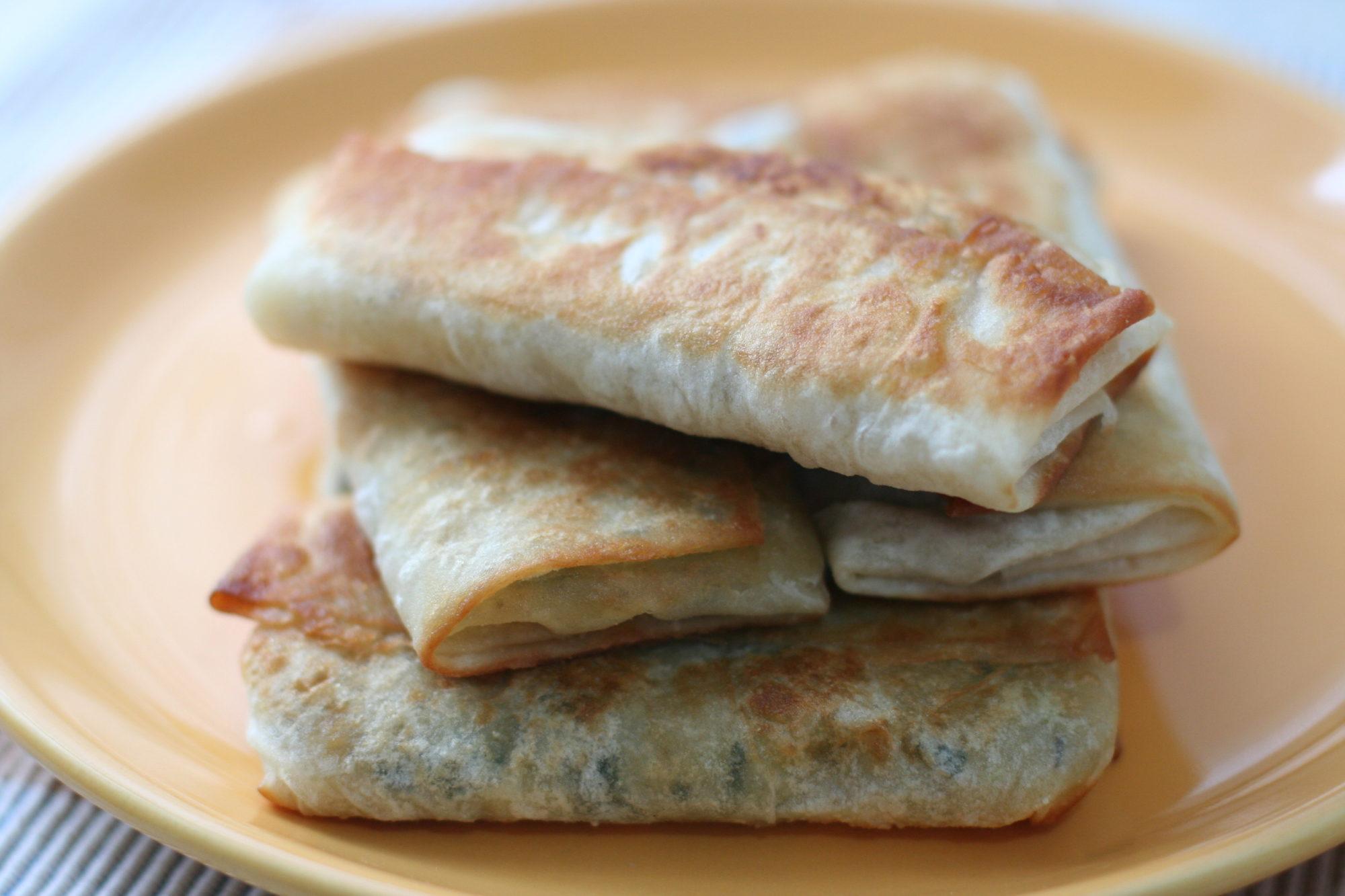 plăcinţele din lavaşi cu cartofi şi brânză de vaci